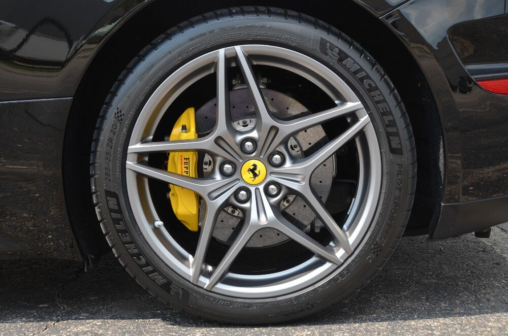 2016 Ferrari  California image _6106479f593fb0.49874948.jpg