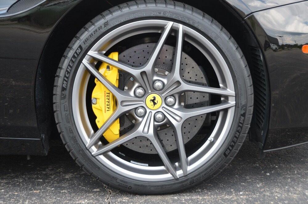 2016 Ferrari  California image _610647a0232c73.00754605.jpg