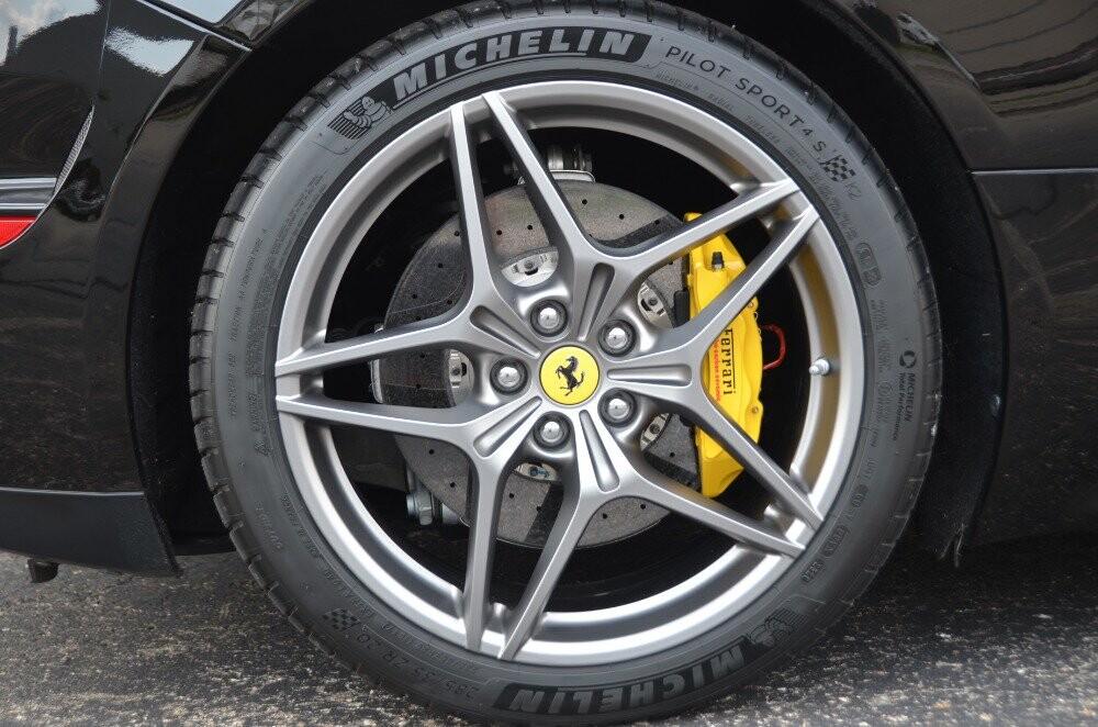 2016 Ferrari  California image _610647a09d16b2.78715607.jpg