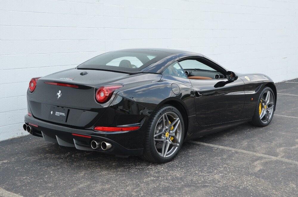 2016 Ferrari  California image _610647a2d38297.43484857.jpg