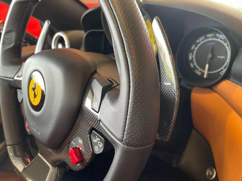 2016 Ferrari  California image _610647b122a042.05957988.jpg