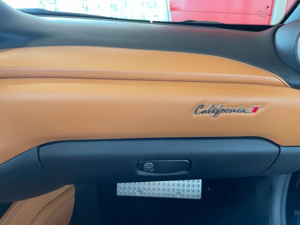 2016 Ferrari  California image _610647b986cc11.95274090.jpg