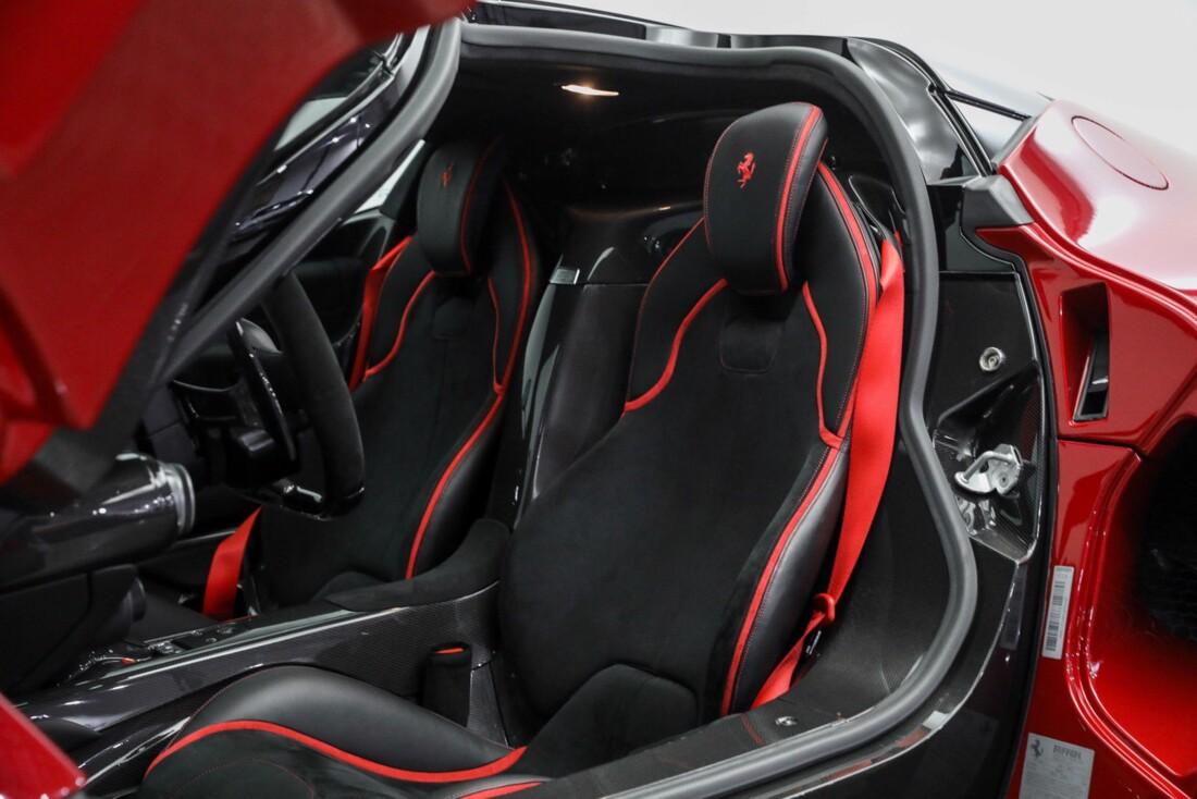2015 Ferrari La image _610648a398e488.54529855.jpg