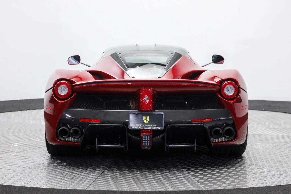 2015 Ferrari La image _610648a6111963.36343662.jpg
