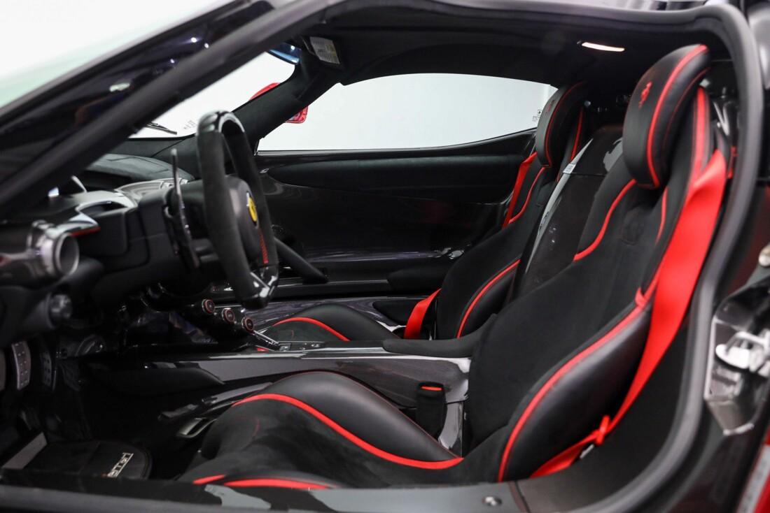 2015 Ferrari La image _610648adc7e3c9.85571060.jpg