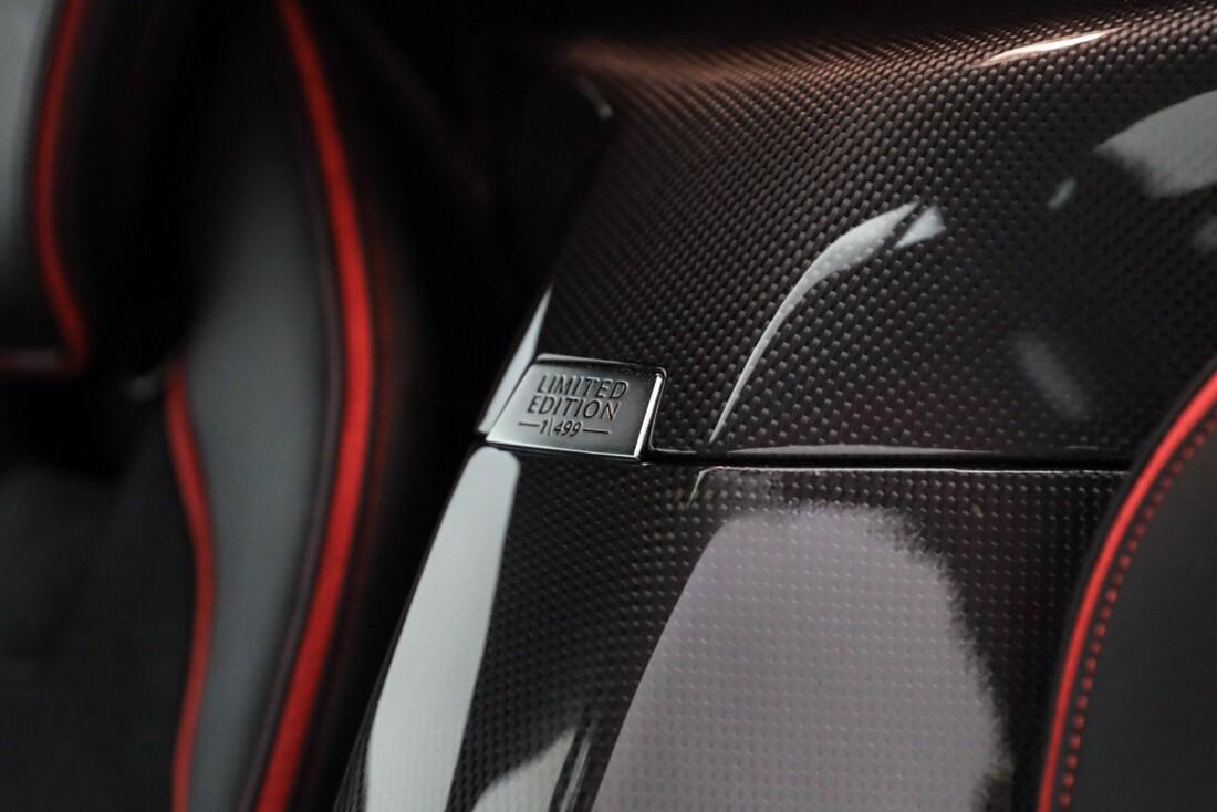 2015 Ferrari La image _610648afb109b8.48830606.jpg
