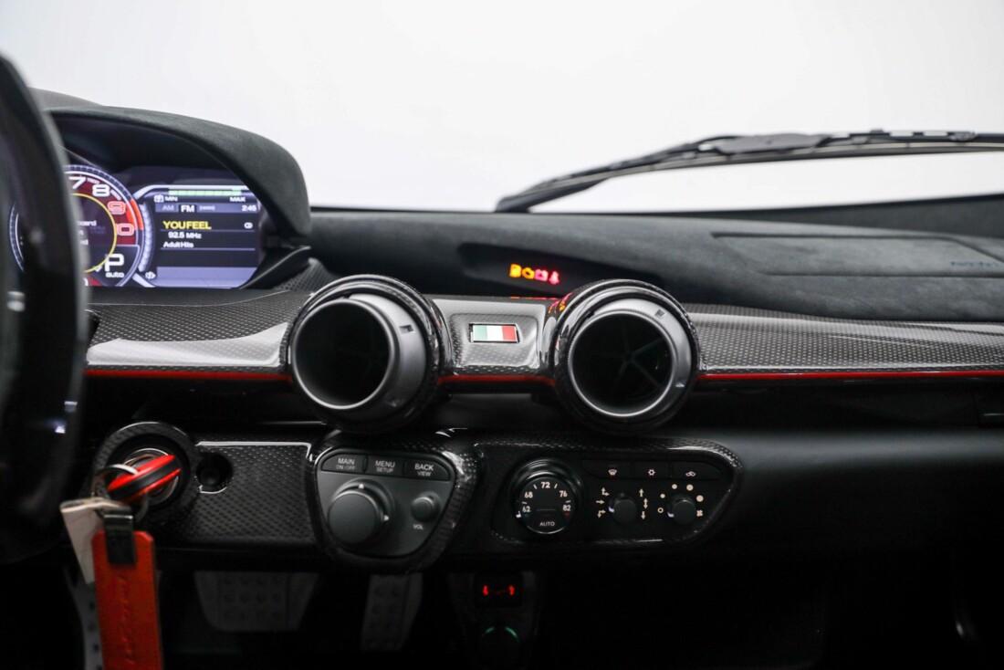 2015 Ferrari La image _610648c1a8d2e3.45464071.jpg