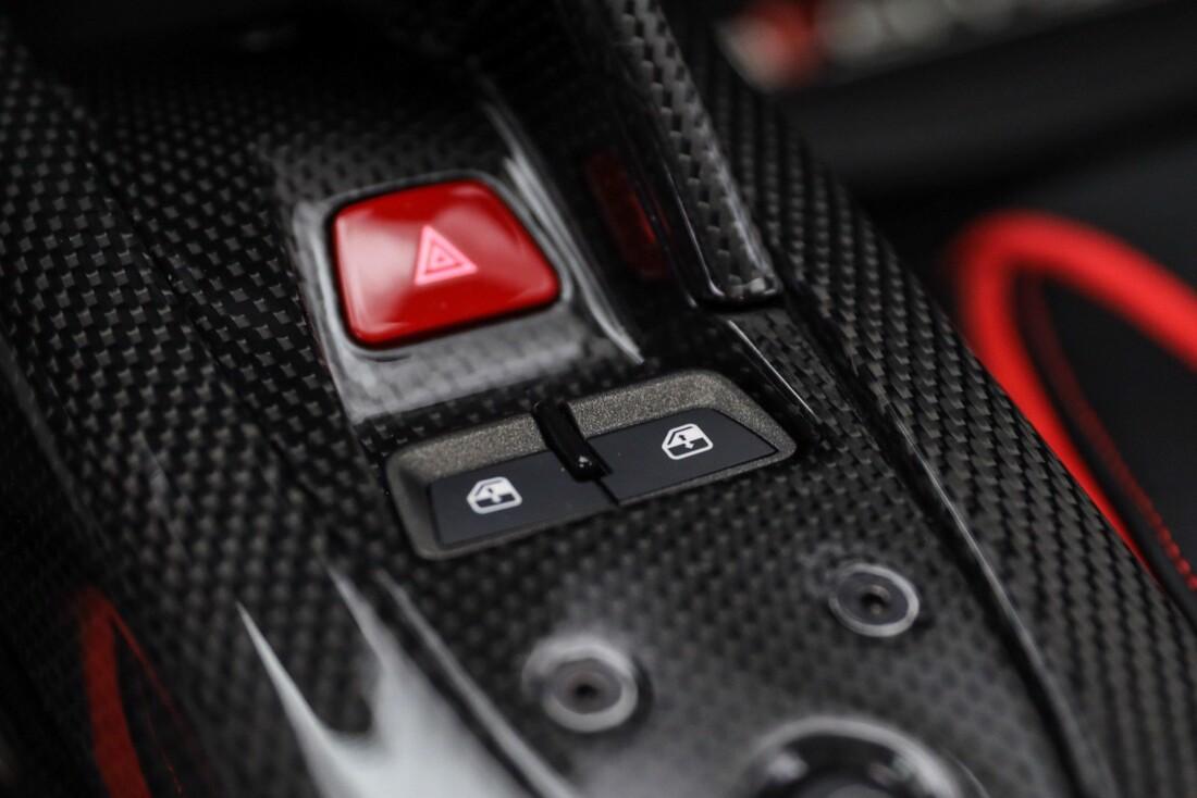 2015 Ferrari La image _610648c497fc70.81691836.jpg