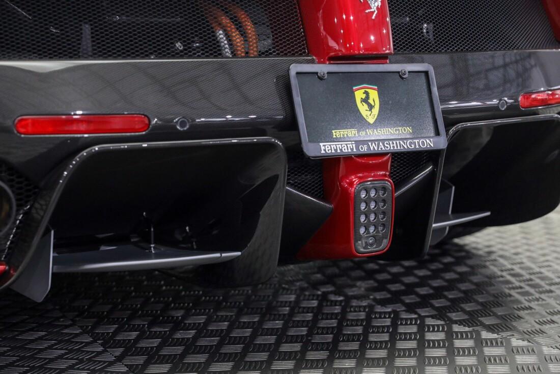 2015 Ferrari La image _610648cb850370.51712631.jpg
