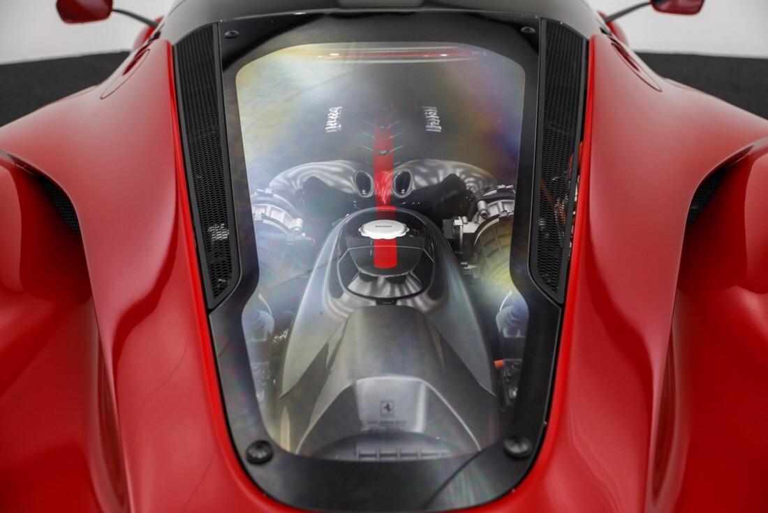 2015 Ferrari La image _610648cdcea8c1.77513138.jpg