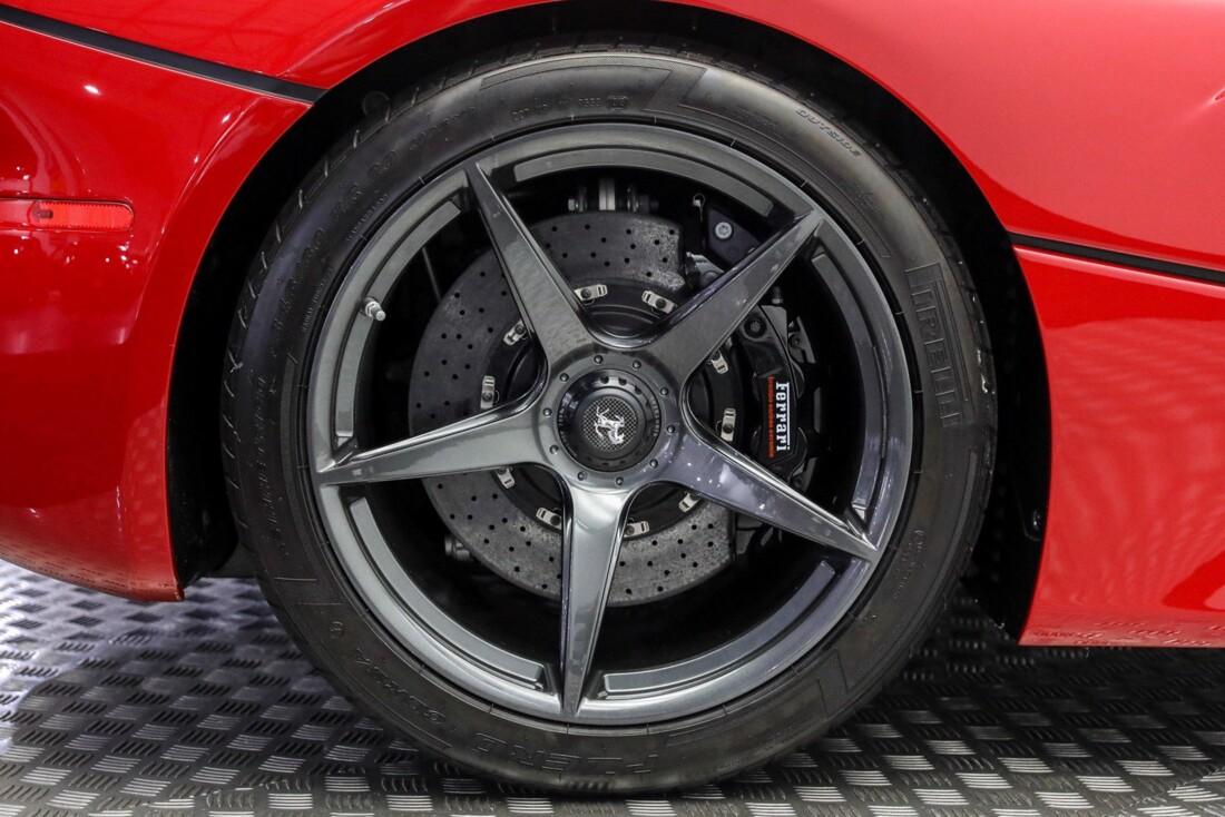 2015 Ferrari La image _610648da176176.02821820.jpg