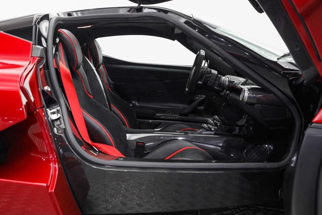 2015 Ferrari La image _610648e8250147.23378506.jpg