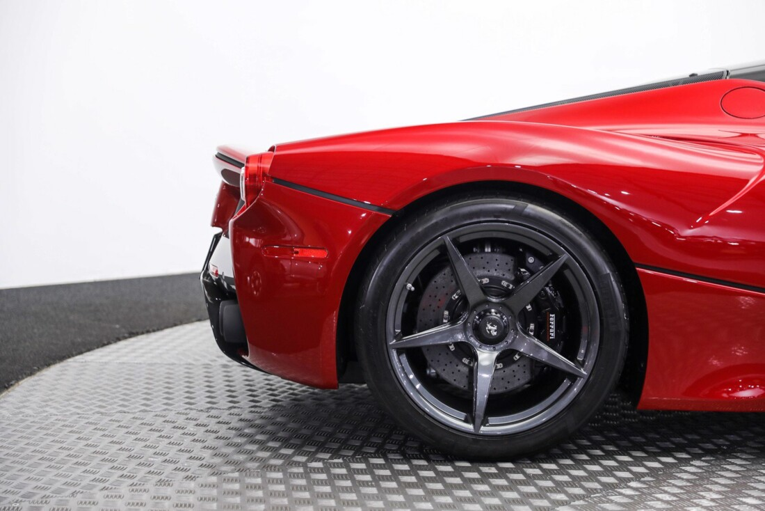 2015 Ferrari La image _61064901513195.59755975.jpg