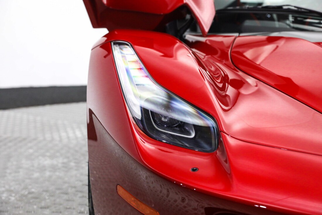 2015 Ferrari La image _61064907b33e37.41273921.jpg