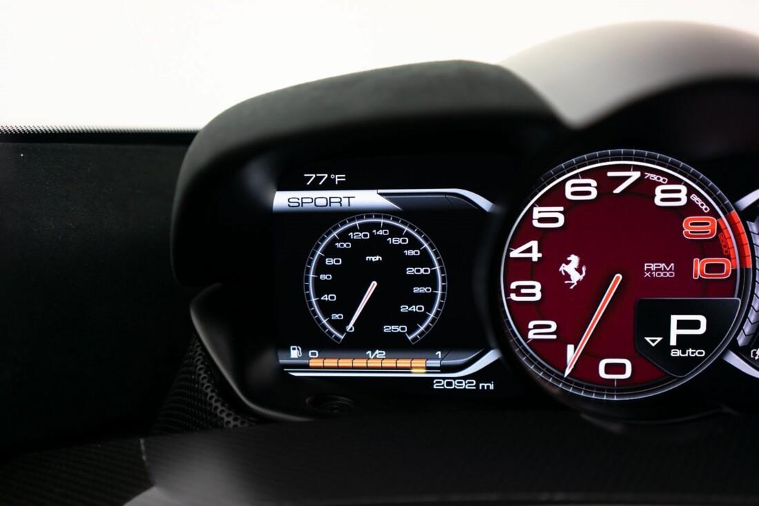 2014 Ferrari La image _61064d13ea5a47.59964980.jpg