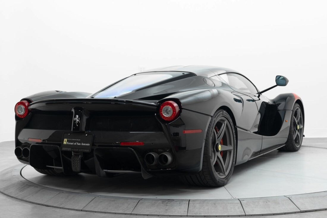 2014 Ferrari La image _61064d160bee01.11379936.jpg