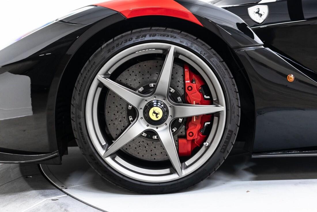 2014 Ferrari La image _61064d1e602db4.70841274.jpg
