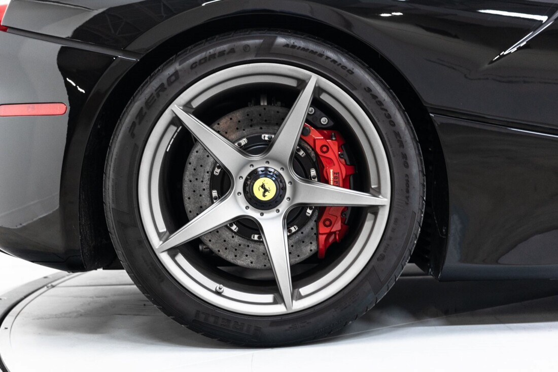 2014 Ferrari La image _61064d1fcada76.87639537.jpg