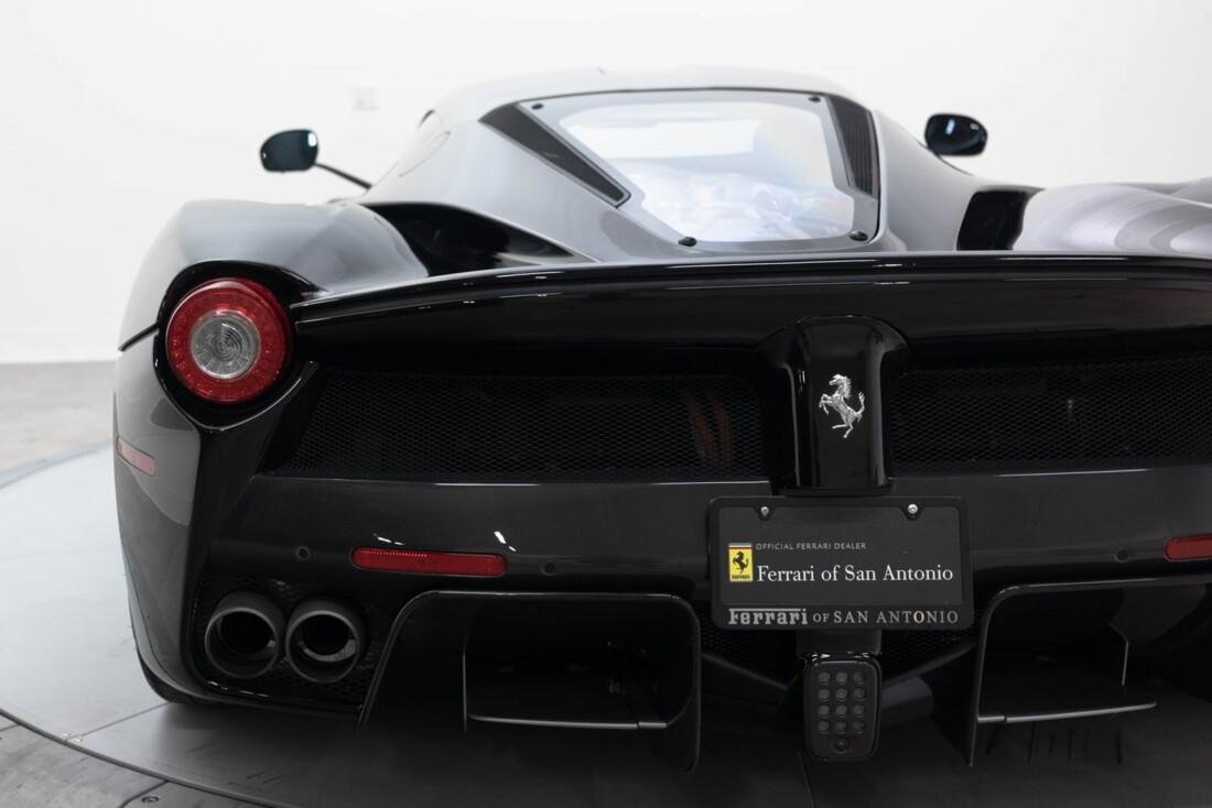 2014 Ferrari La image _61064d40ddddb0.48050655.jpg