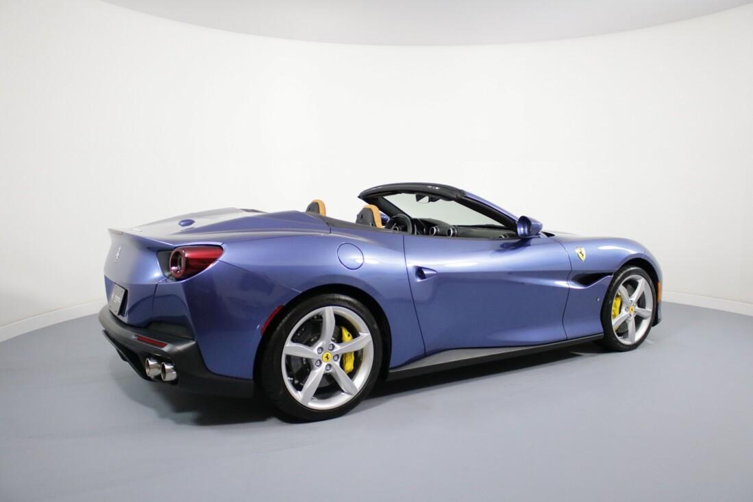 2019 Ferrari  Portofino image _61064e05cf0e11.27589932.jpg