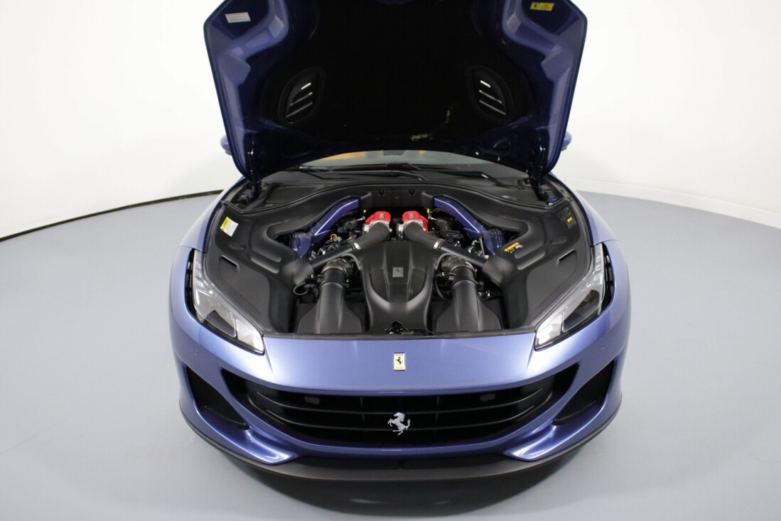 2019 Ferrari  Portofino image _61064e756ec314.73158312.jpg