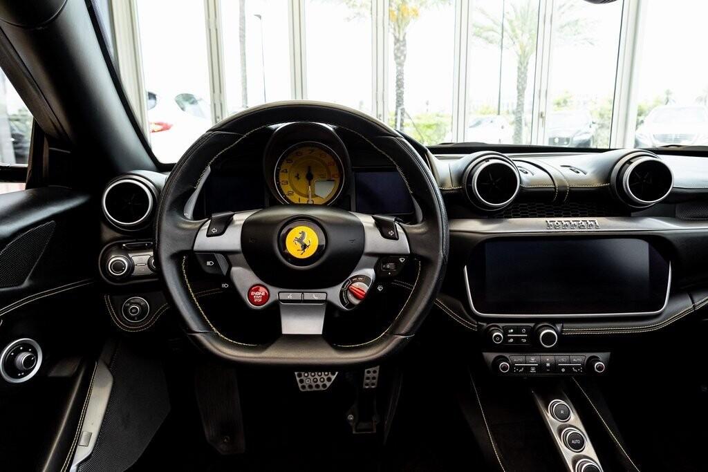 2019 Ferrari  Portofino image _610a3b826f0046.28343764.jpg