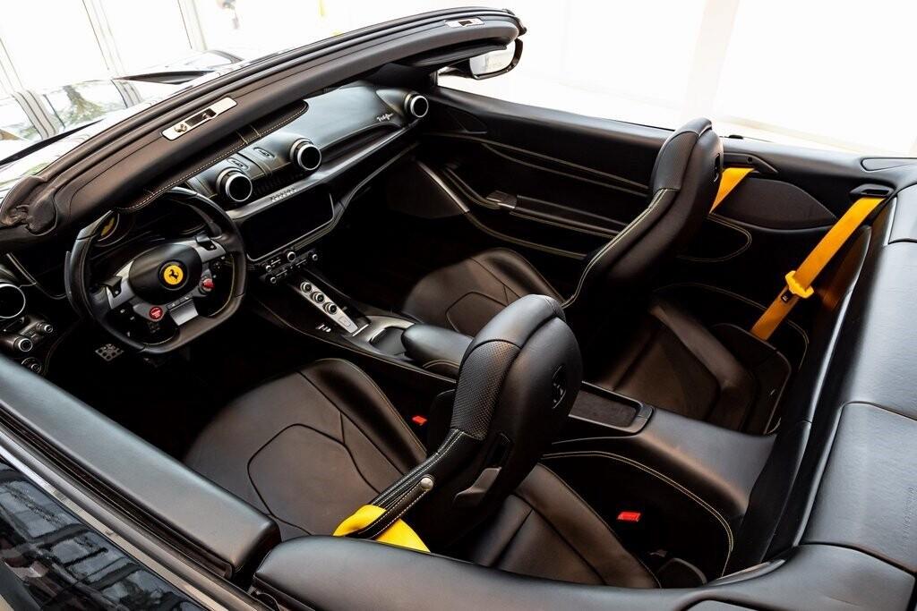 2019 Ferrari  Portofino image _610a3b82ce7482.08266700.jpg