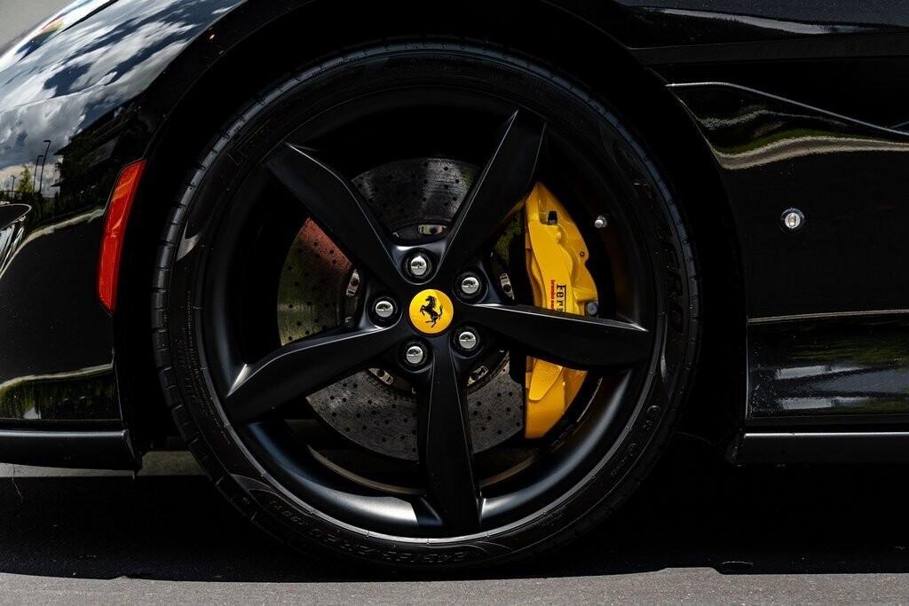 2019 Ferrari  Portofino image _610a3b8d6c4cf4.90845966.jpg