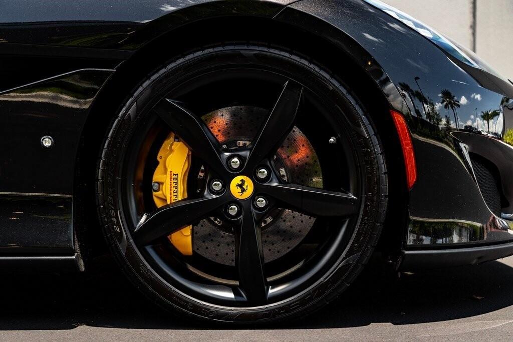 2019 Ferrari  Portofino image _610a3b92120754.62280259.jpg
