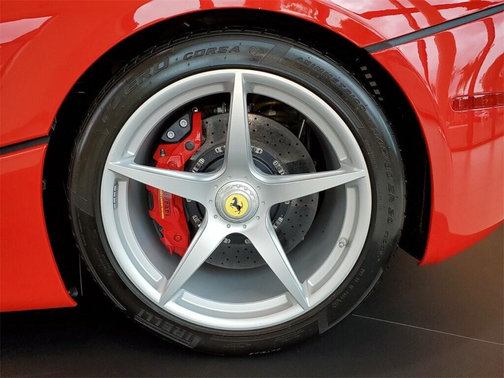 2014 Ferrari La image _610b8d047a1d31.89202639.jpg