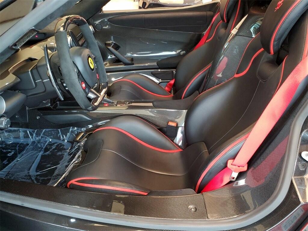 2014 Ferrari La image _610b8d06e199a3.87767789.jpg