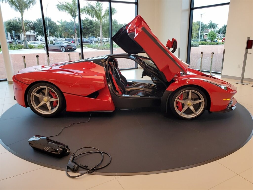 2014 Ferrari La image _610b8d0bd01de8.88516446.jpg