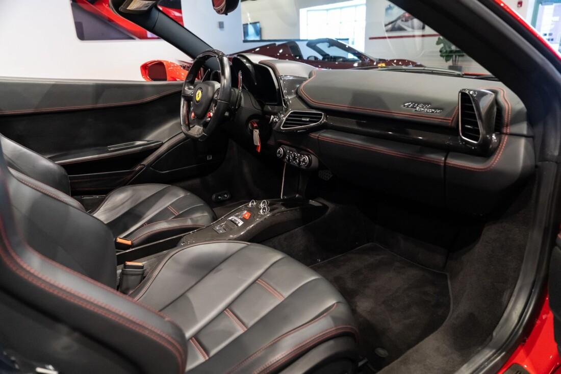 2013 Ferrari  458 Italia image _610b8f834f7a21.52125401.jpg