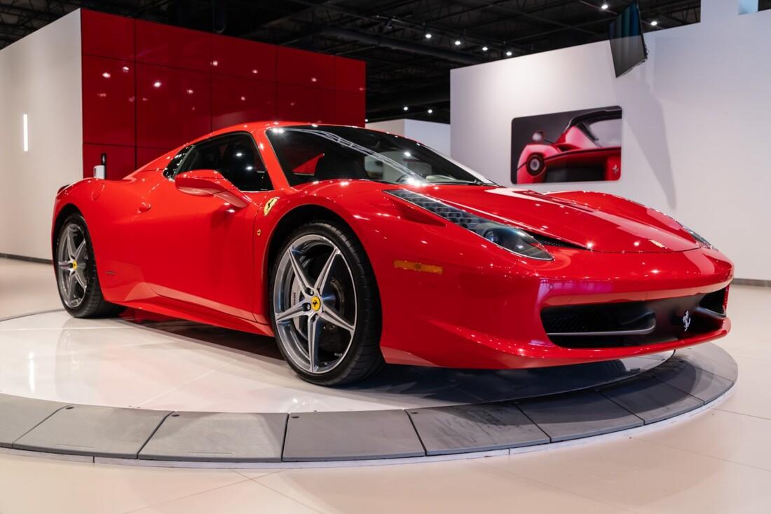 2013 Ferrari  458 Italia image _610b8f87a41508.25086472.jpg