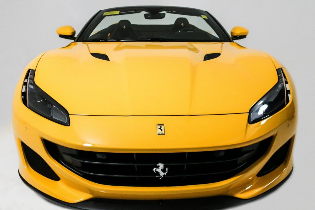 2019 Ferrari  Portofino image _610cddfa0b90a4.69333039.jpg