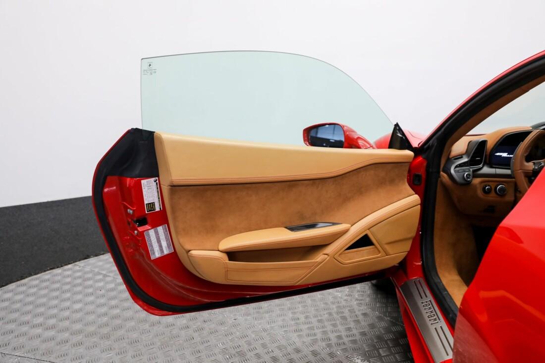 2014 Ferrari  458 Italia image _610ce88b367013.89179567.jpg