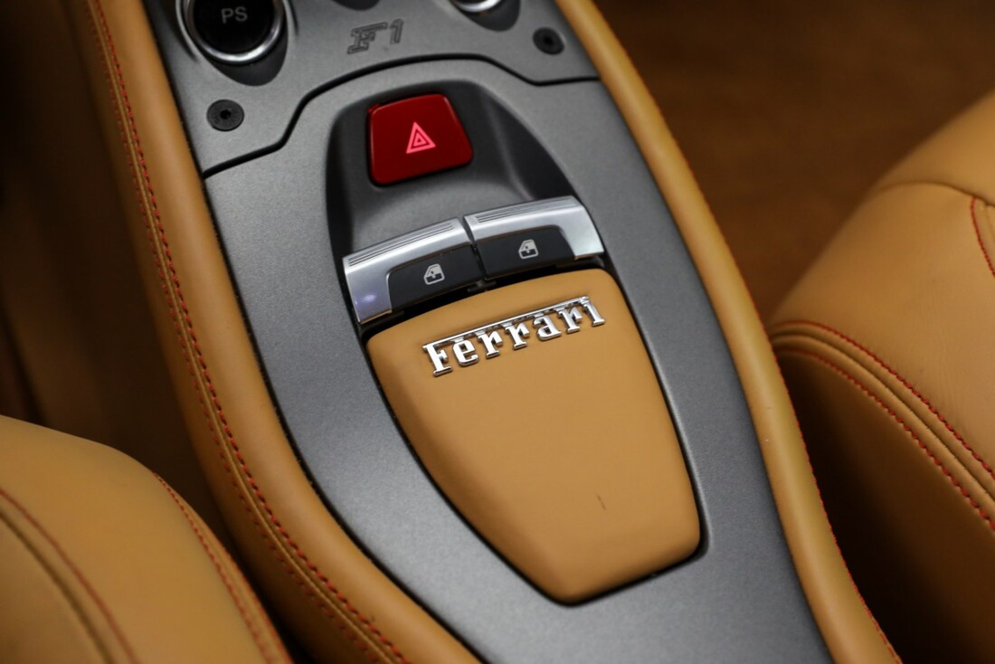 2014 Ferrari  458 Italia image _610ce893a29fd4.13700322.jpg