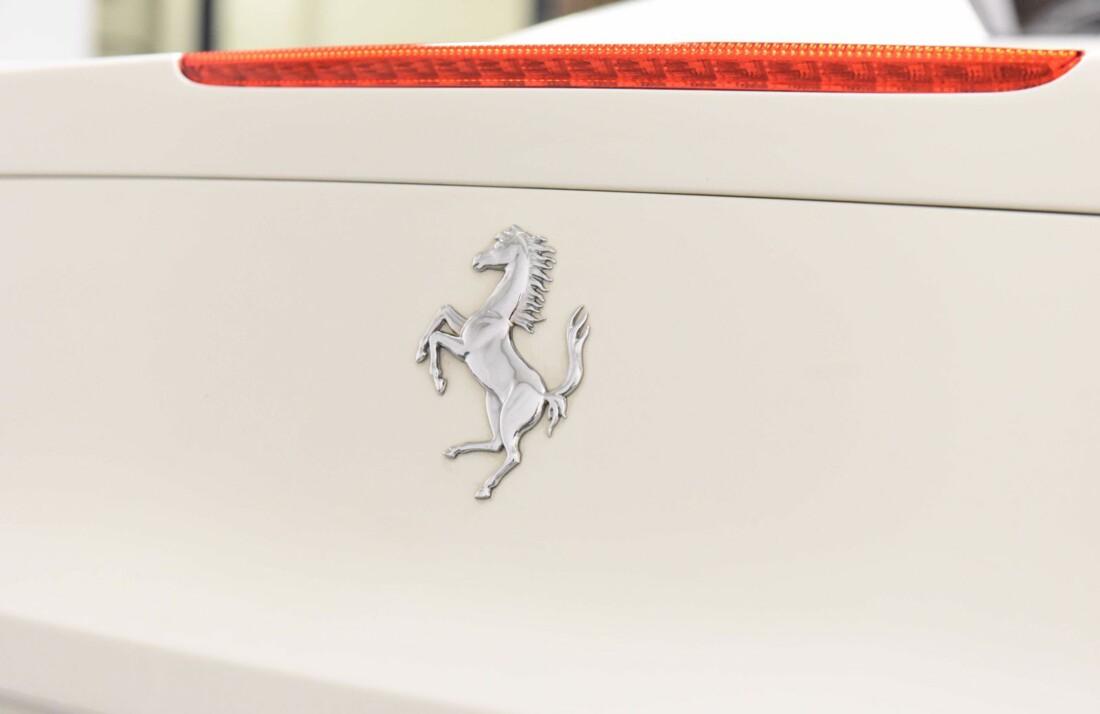2012 Ferrari 458 Spider image _610ce9b0854742.22557235.jpg