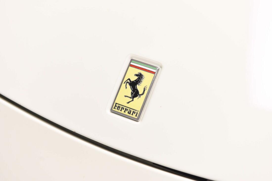 2012 Ferrari 458 Spider image _610ce9b43bf356.53387814.jpg