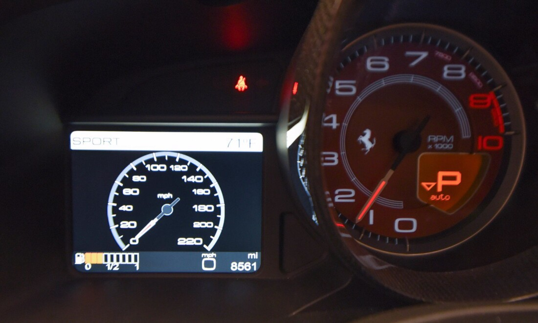 2012 Ferrari 458 Spider image _610ce9c0e14e88.23968055.jpg