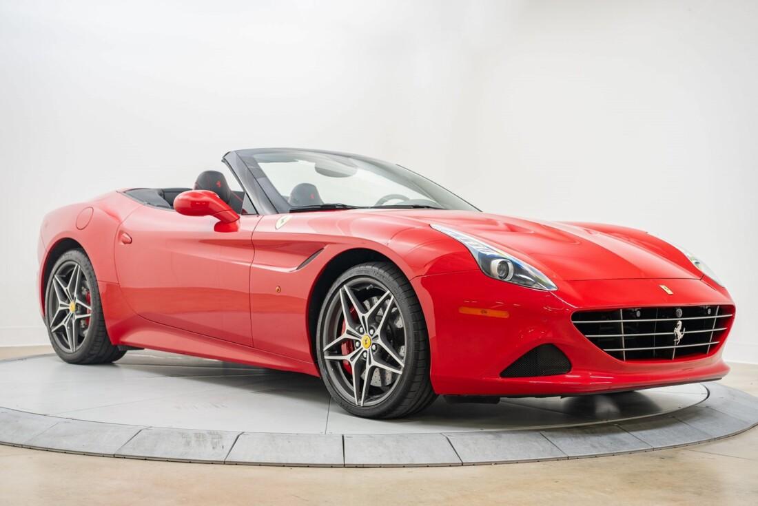 2016 Ferrari  California T image _6110d365518cb9.32223405.jpg