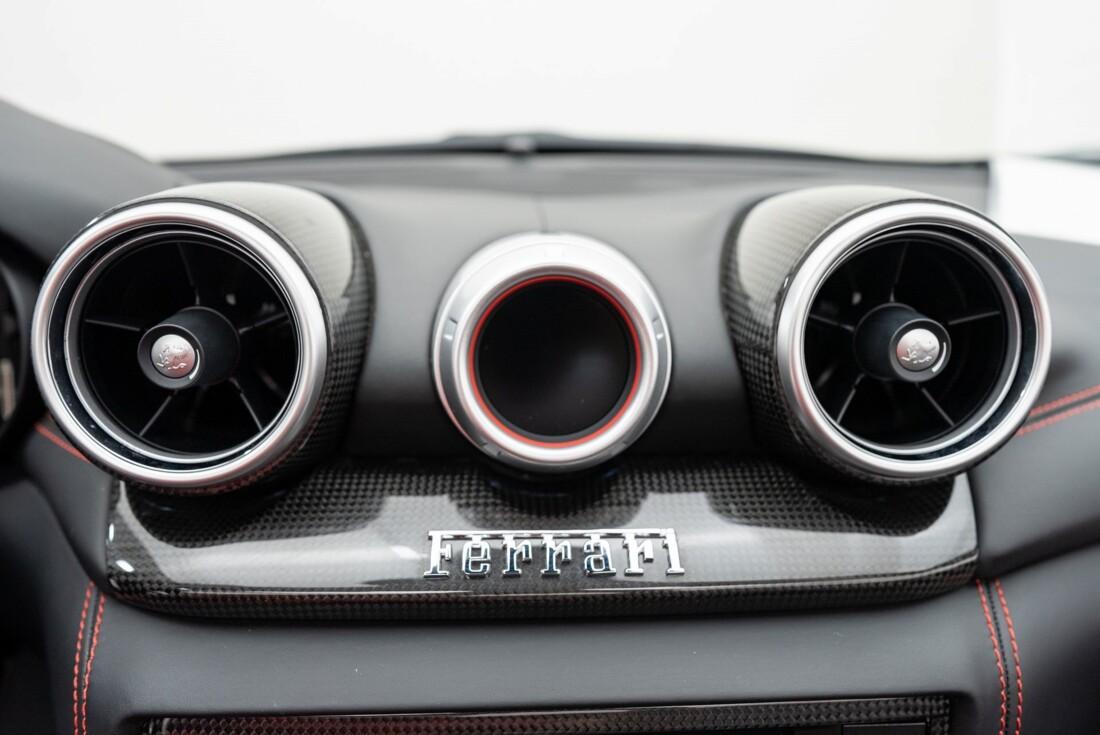2016 Ferrari  California T image _6110d36d1c9298.98955480.jpg