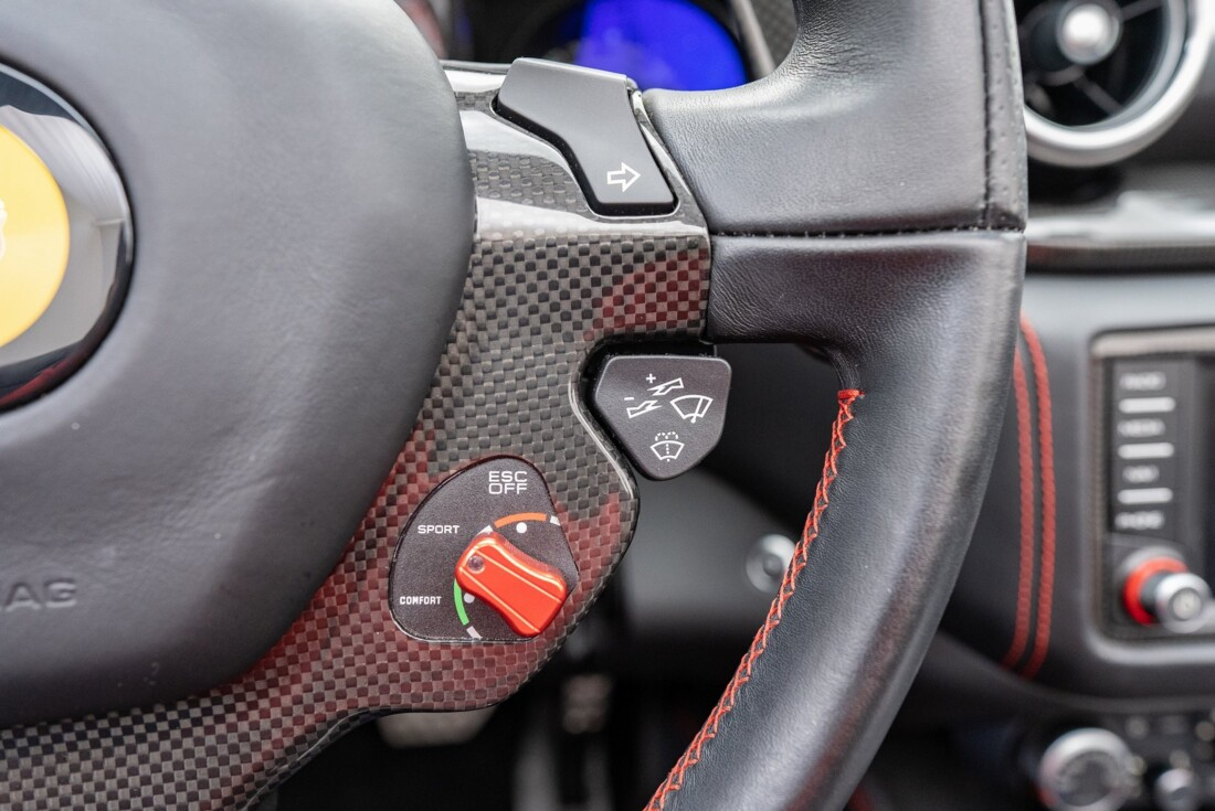 2016 Ferrari  California T image _6110d36f245257.92811298.jpg