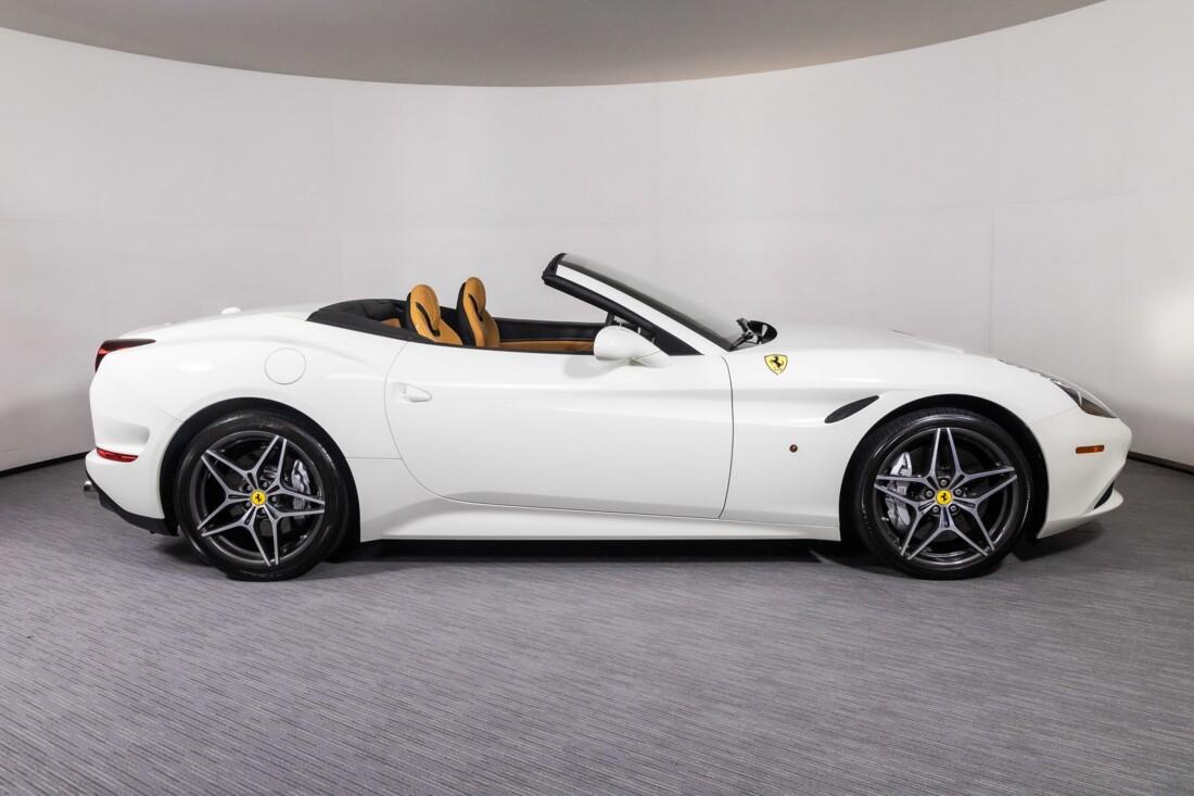 2016 Ferrari  California T image _6113758ec47532.84399229.jpg
