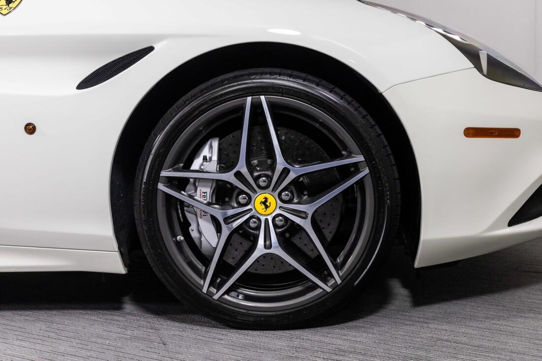 2016 Ferrari  California T image _61137590a164b0.86603574.jpg
