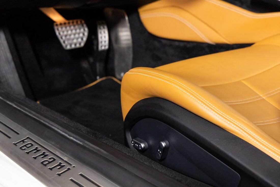 2016 Ferrari  California T image _611375985f1cc3.54336006.jpg