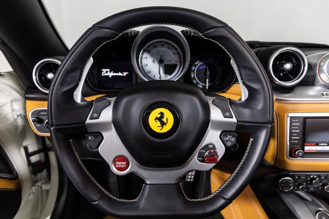 2016 Ferrari  California T image _6113759be545f3.77432974.jpg