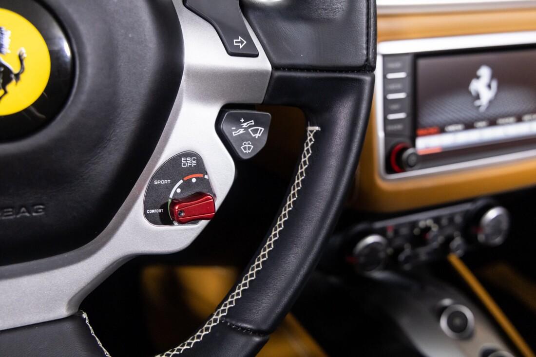 2016 Ferrari  California T image _611375a1448f18.78860450.jpg