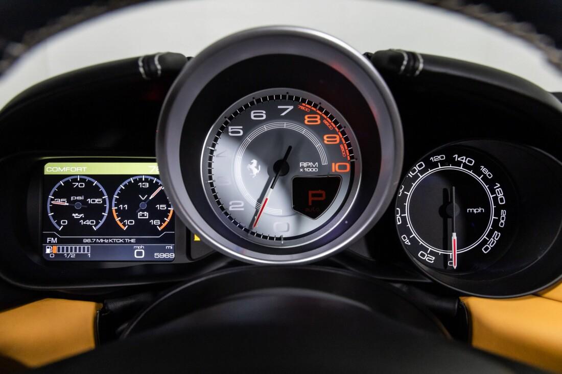 2016 Ferrari  California T image _611375a30202e0.44019633.jpg