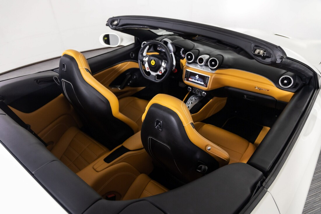 2016 Ferrari  California T image _611375cc600043.29806178.jpg